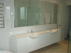 Polyurethane Vanity With Stone Top And Shadow Line Handle Detail Mirror Cabinets, Vanity Units, Vacuum Forming, Joinery, Corner Bathtub, Handle, Stone, Bathroom, Detail