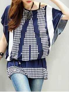 Stylish Women's Batwing Sleeve Geometry Print Loose-Fitting T-Shirt