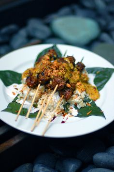 SATE KAMBING with LONTONG and SAMBAL KACANG ~~~ traditionally a grilled goat dish, but this link is for a lamb version served with compressed rice cakes and a homemade sate sauce [Singapore] [Malaysia] [Indonesia] [heneedsfood]