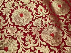 Red Silk Brocade Fabric, Banarasi Silk Brocade Fabric by the Yard, Banaras Brocade Silk Red Gold Weaving for Wedding Dress, Indian Art Silk Textile Design, Fabric Design, Floral Design, Leaf Design, Art Chinois, Top Wedding Dresses, Art Japonais, Indian Fabric, Chinese Fabric