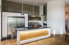 Cuisine moderne Cuisines Design, Decoration, Kitchen Island, Table, Condo, Furniture, Home Decor, Wood Walls, Kitchen Modern