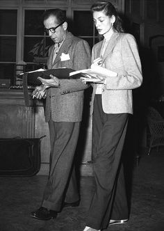 """eldredpeck: """" """"Humphrey Bogart and Lauren Bacall rehearse their lines for Key Largo, """" """" Golden Age Of Hollywood, Vintage Hollywood, Hollywood Stars, Classic Hollywood, Vintage Vogue, Hollywood Glamour, Bogie And Bacall, Pont Alexandre Iii, Adrienne Bailon"""