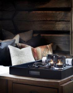 〚 Modern chalet with moody dark interiors in Norway 〛 ◾ Photos ◾Ideas◾ Design Dark Interiors, Cottage Interiors, Shop Interiors, Beautiful Interiors, Best Home Interior Design, Cafe Interior, Interior Design Living Room, Interior Paint, Scandinavian Cabin