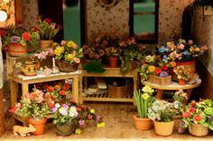 Miniature florist. Flowers.
