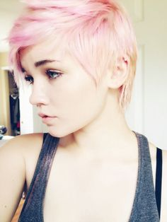 wish i could do blond hair. I love light pink and blond hair. Pink Short Hair, Short Blonde, Short Hair Cuts, Short Hair Styles, Pixie Cuts, Short Pixie, Blonde Hair, Blonde Pink, Pastel Pixie