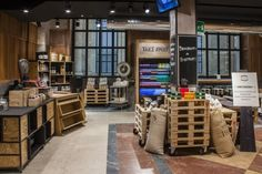 Bistrot Milano Centrale, Milan – Italy Cafe Restaurant, Restaurant Design, Bakery Interior, Interior Architecture, Interior Design, Shop Cabinets, Coffee Store, Retail Store Design, Retail Merchandising