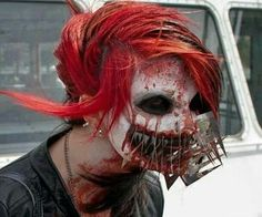 Now that is some freaky #horror make-up