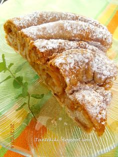 Tante Kiki: Sweet twisted pumpkin pie with a unique rustic pie Greek Sweets, Greek Desserts, Greek Recipes, Vegan Desserts, Wine Recipes, Food Network Recipes, Food Processor Recipes, Cooking Recipes, Cypriot Food