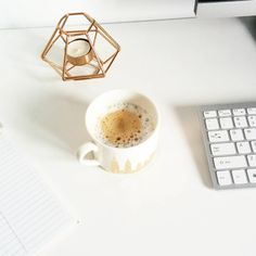 Morning, everyone! Starting this busy work day with a cup of cappuccino. Have a great one! #coffeelover #coffee #workday #coffeeaddict #cappuccino