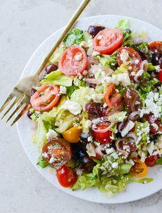 greek salad I howsweeteats.com