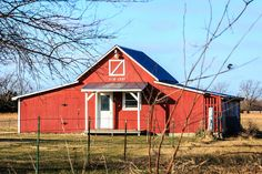 little red 1910 barn
