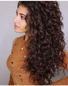 """New Screen Loop Weft Hair Extensions Natural Wave Darkest Brown EZ Weft Extensions(NW Popular """"Hot"""" practices for hair expansion The adhesive substance is often used artificial Keratin. Curly Hair With Bangs, Curly Hair Tips, Curly Hair Care, Long Curly Hair, Wavy Hair, Curly Hair Styles, Natural Hair Styles, Curly Girl, Bohemian Curly Hair"""