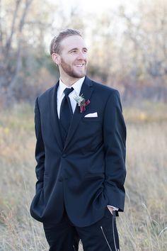 #groom #suit #classicsuit @weddingchicks