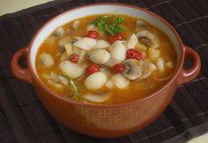 Hungarian Cuisine, Hungarian Recipes, Chana Masala, Cheeseburger Chowder, Soup, Ethnic Recipes, Drink, Beverage, Soups