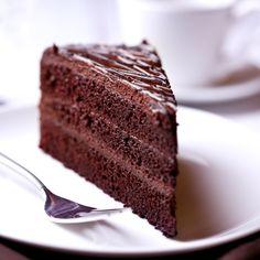 A gluten free chocolate cake recipe made with quinoa