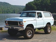 Vintage Trucks Classic 15 Photos Of Classic Ford Broncos - Thrillist - 15 Classic Ford Broncos = Right Click Save As 1978 Ford Bronco, 1979 Ford Truck, Bronco Truck, Ford Pickup Trucks, New Trucks, Custom Trucks, Ford 4x4, Lifted Ford, Lifted Trucks