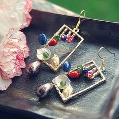 E52 Pearl, lapislazuli & Beads Stone Mix earring