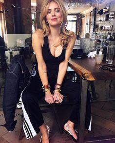 3481213be02 Spott - Chiara Ferragni wears a black top by Intimissimi