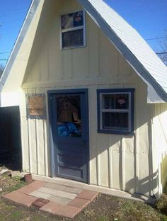 Charming #tinyhouse made from a #shed