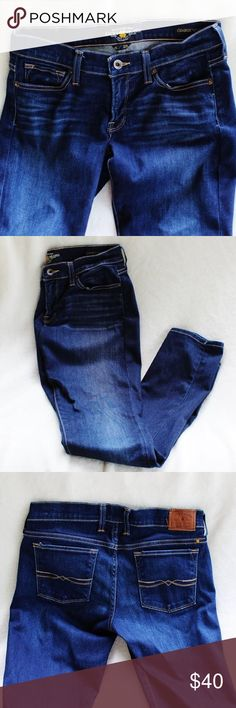 LUCKY  BRAND Charlie Skinny Jeans - Size 6/28 These jeans are in like new condition. They were extremely gently loved.  They are made with 98% Cotton 2% spandex. Machine wash cold - Tumble dry low Lucky Brand Jeans Skinny