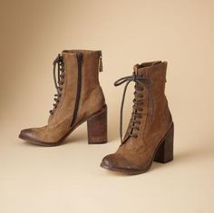 boots boots boots... <3