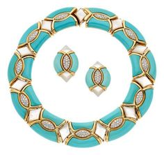 Estate Jewelry:Suites, Diamond, Turquoise, Mother-of-Pearl, Gold Jewelry Suite… Aquamarine Jewelry, Gemstone Jewelry, Gold Jewelry, Jewelery, Vintage Jewelry, Coral Turquoise, Turquoise Stone, Turquoise Jewelry, Turquoise Bracelet