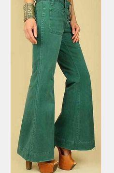 bbe951b2e24c05 pantalones acampanados - Buscar con Google Seventies Fashion