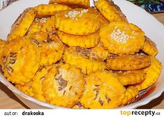 Mrkvová kolečka recept - TopRecepty.cz Apple Pie, Desserts, Food, Tailgate Desserts, Deserts, Meals, Dessert, Yemek, Apple Pie Cake