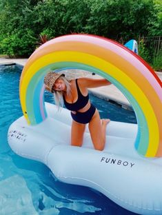 Summer Beach, Summer Vibes, Summer Fun, Preppy Swimsuit, Camping Friends, Pool Picture, Summertime Sadness, Summer Goals, Dream Pools