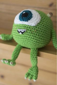 Crochet Animals, Crochet Toys, Fuwa Fuwa, Animated Movies For Kids, Monster Eyes, Mike Wazowski, Disney Songs, Avatar Aang, Shower Time