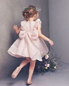 """547 Likes, 3 Comments - Apartment 8 Clothing (@apartment8clothing) on Instagram: """"Big Bows are perfect for your little ones ❤ For custom made gowns/dresses visit our Scout Borromeo…"""""""