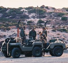 Military Archives, Mini Jeep, Defence Force, Paratrooper, Mini S, Military Life, Special Forces, Bats, Warfare