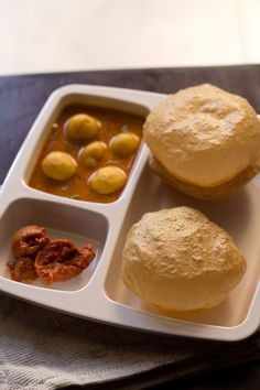 Poori Recipe. Simple method to make Poori or Puri at home. Poori is a very popular indian recipe. Pooris are usually served with potato sabzi or punjabi chole. Tips and Method of making pooris easily at home.