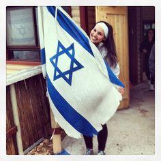 "@laurbass   Shalom from Israel! @mayanotisrael #birthright #mazeltov by Lauren Basist at  בה""ס נעומי שמר"