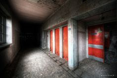 "https://flic.kr/p/9pSoaE | choose a door | Wardrobe doors for the X-ray machine room which <a href=""http://www.flickr.com/photos/norue/5490099374/"">is behind.</a> Location abandoned in 1992.  <a href=""http://www.fluidr.com/photos/norue/5520963720/"" rel=""nofollow"">Recommend black backround.</a>  More documentary shots on <a href=""http://uexplorer.wordpress.com/2011/06/29/hospital-m/"" rel=""nofollow"">my blog!</a>  From the ""1000 miles and running"" tour. 10 urbex locations all around ..."