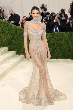 Kim Kylie, Kendall Jenner Met, Kendall Jenner Outfits, Kardashian Jenner, Anna Wintour, Irina Shayk, Rihanna, Zoe Kravitz, Emily Ratajkowski