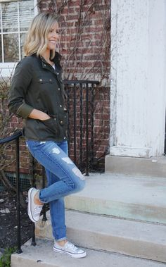 The Good Ol' Classics - my kind of sweet // fall style // mama style // fall fashion
