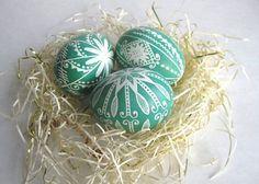 set of 3 - Green pysanky, chicken egg shell hand painted. Ukrainian Easter egg, decorated egg batik style