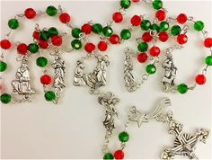 Heart of Christmas Rosary. Look at those details! All I can say is wow. Click the link for more close-ups.