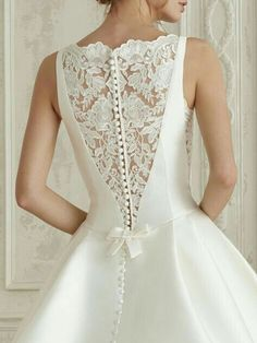 Elena by Pronovias Bridal – Mia Bella Couture You can find different rumors about the annals of the wedding dress; Western Wedding Dresses, Classic Wedding Dress, Princess Wedding Dresses, Dream Wedding Dresses, Designer Wedding Dresses, Bridal Dresses, Wedding Gowns, Boho Wedding, Tulle Wedding