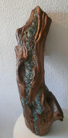 Driftwood Art, Driftwood Towel Holder, Coasters, Seashell Art, Beach Crafts.  https://www.etsy.com/shop/KThandmadeDesign