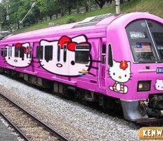 Hello Kitty Train? @Luuux