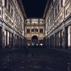 Galleria degli Uffizzi after a thunderstorm in Florence