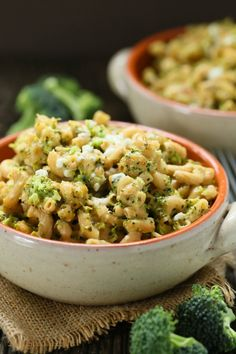 Slow cooker broccoli mac and cheese | Eat Good 4 Life