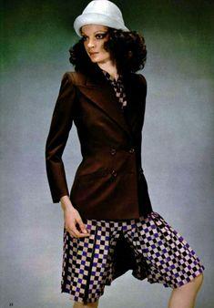 L'Officiel magazine 1971. Yves Saint Laurent