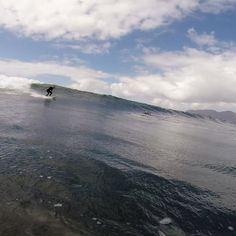 #surftrip con nuestros #alumnos en algún #spot muy cercano a #Famara #lanzarote con @lasantaprocenter @lasantasurf @acaymofamara @albertlasantasurf @geermanabreu @yeraygarciaferrera @monchilasanta #surflanzarote #surfcanarias #surfing #surf #swell #wax #waves #canarias #islas @crisberteil
