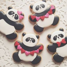 How to Decorate the Most AMAZING Panda Bear Valentine Cookies Tutorial @ https://instagram.com/p/yPMTx1H8xf/?modal=true