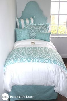 Custom designer bedding and bedroom decor by Decor 2 Ur Door. Design your own or select one of our designer bedding collections. Dorm bedding, custom baby bedding, teen girl bedding, apartment bedding, and more. Dorm Room Walls, Dorm Room Bedding, Teen Bedding, Cute Dorm Rooms, Twin Xl Bedding Sets, Luxury Bedding Sets, Comforter Sets, Lofted Dorm Beds, Blue And White Bedding