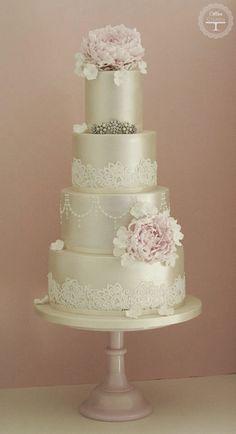 Lace Wedding Cakes ~ Cotton & Crumbs | bellethemagazine.com