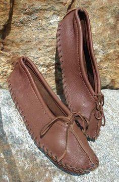 86 Best Moccasins Images Deer Skin Loafers Mocassin Shoes